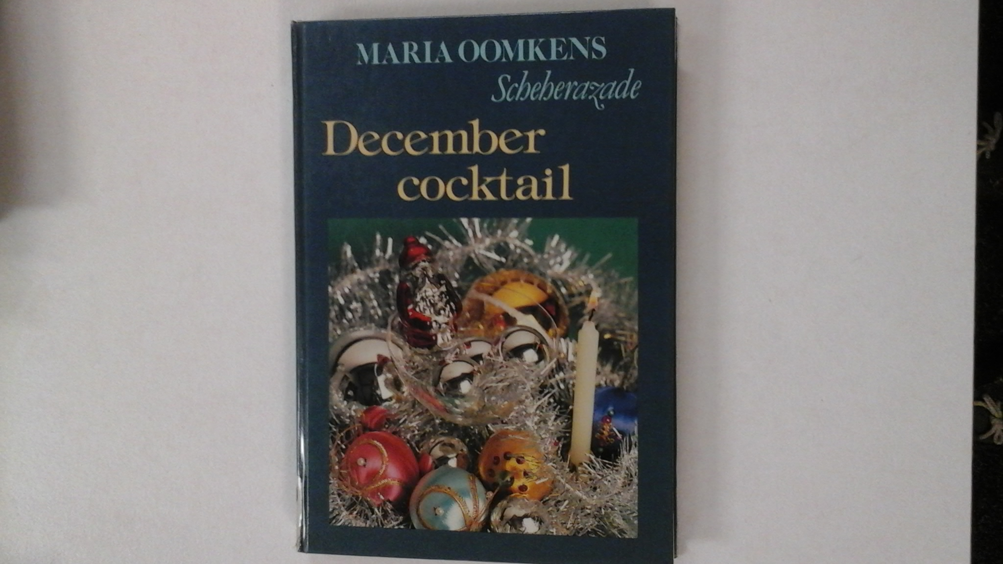 December cocktail. Scheherazade (Maria Oomkens)